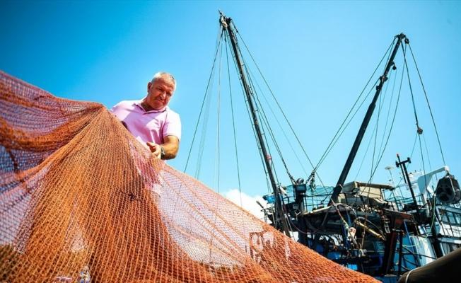 Balıkçılar 'Vira bismillah' için gün sayıyor