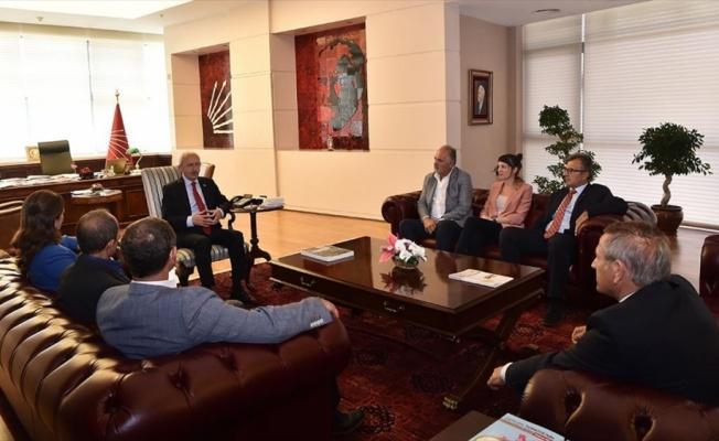 CHP Genel Başkanı Kılıçdaroğlu sendika ve oda başkanlarını kabul etti