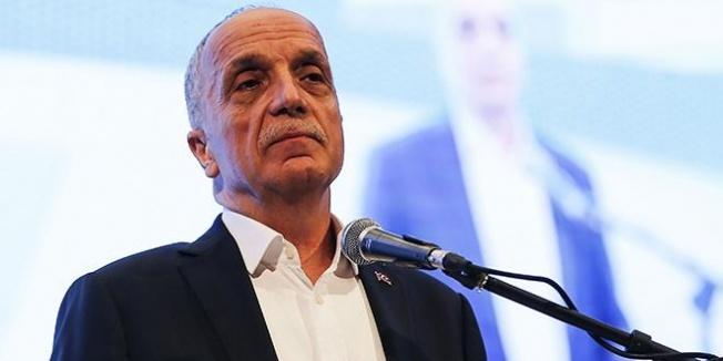 Ergün Atalay delegelerin ısrarını kıramadı
