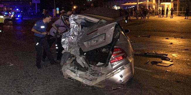 Hatay'da 10 araçlı zincirleme kaza: 13 yaralı