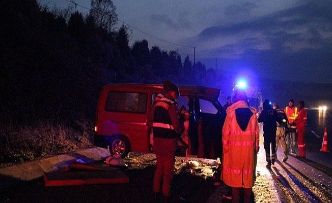İzmir-İstanbul otoyolunda feci kaza: 2 ölü, 2 yaralı