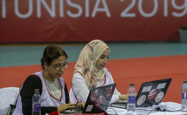 Tunus'ta Cumhurbaşkanlığı seçiminde sandıkların yüzde 39'u açıldı