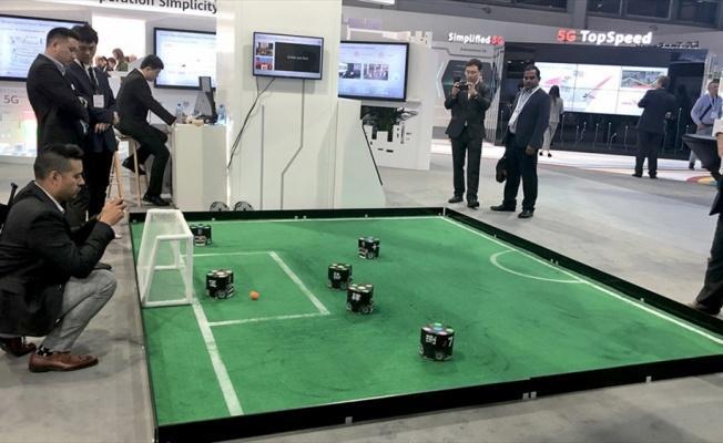 Dünya şampiyonu robot futbolculara Zürih'te yoğun ilgi