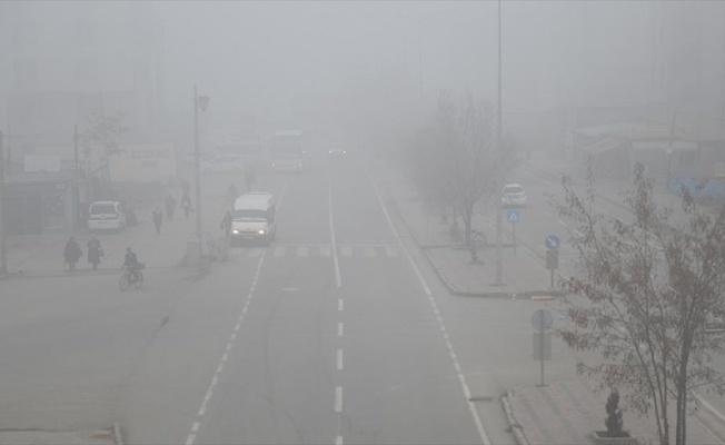Erzurum ve Iğdır'da hava ulaşımına sis engeli