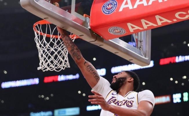 NBA'de Lakers, Davis'in 50 sayı attığı maçta Timberwolves'u yendi